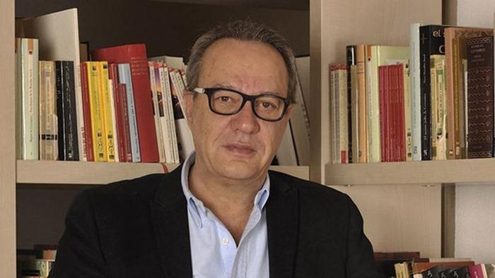 Manuel-Julia-director