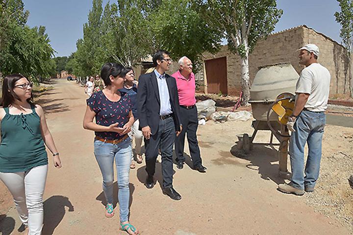 El presidente de la diputación José Manuel Caballero, ha visitado hoy Torre de Juan Abad