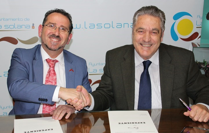 Festival Díaz-Cacho y Martín-Zarco tras firma convenio Ayto-DO