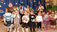 """Cuentos y villancicos en la fiesta de Navidad de la Escuela Infantil """"Alba"""" de Argamasilla de Alba de Argamasilla de Alba"""