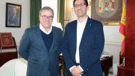 El alcalde de Villamanrique plantea a la Diputación el arreglo del camino que les comunica con Almedina
