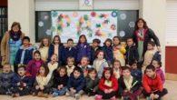 El colegio Nuestra Señora del Rosario, de Porzuna, muestra su solidaridad en el Día de la Paz