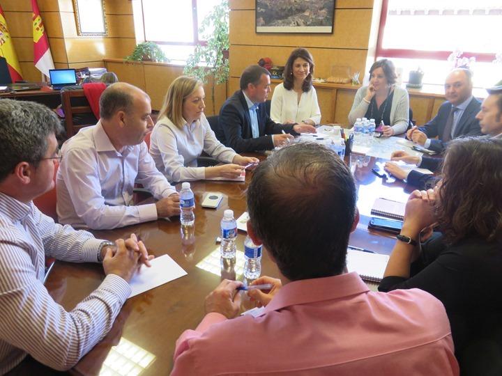 Reunión jefes de servicio de Cuenca
