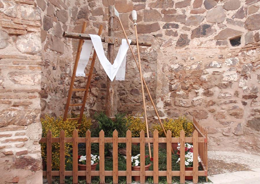 Una de las Cruces de Mayo elaboradas en años precedentes