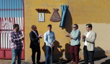 Emilio Bresó da nombre a la plaza de toros de Almadenejos, adecentada con fondos de la Diputación