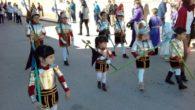 Los alumnos de Infantil y Primaria del Colegio 'Maestro Navas' de Aldea del Rey vuelven a marcar el paso hacia la Semana Santa aldeana