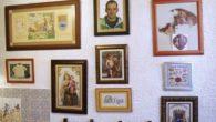 Soledad de Gregorio compartió sus impresionantes trabajos de punto de cruz en una exposición en Almodóvar del Campo