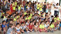 La alcaldesa de Puertollano, Mayte Fernández, reconoce el trabajo de maestros para combatir el absentismo escolar