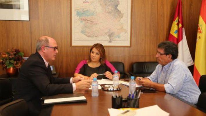El Gobierno de Castilla-La Mancha muestra su oposición a la construcción de un acueducto para trasvasar agua del río Júcar al Segura