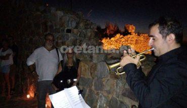El Sacro Convento Castillo de Calatrava La Nueva brilló en una noche plena de magia, música y luz que sirvió de marco a 'La noche de las velas'