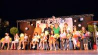Las fiestas de Poblete se iniciaron con el nombramiento del pobleteño del año y la proclamación de reinas, damas y zagal