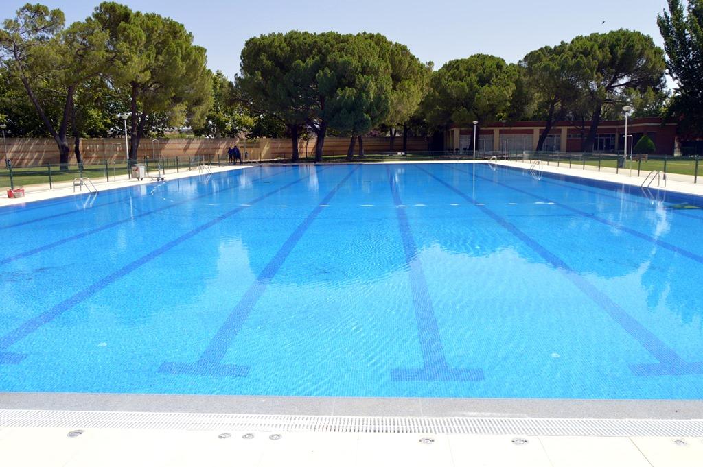 La piscina ol mpica del polideportivo rey juan carlos i de for Piscina polideportivo