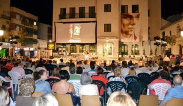 Calzada homenajea al impulsor de la cultura local Francisco Trujillo y al director José Bablé en el cierre del Festival de las Artes Escénicas