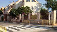 El Ayuntamiento de Alcázar de San Juan realiza cerca de 200 intervenciones al año pintando pasos de peatones y señalización horizontal