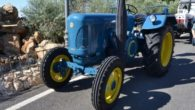 La exposición y pasacalles de tractores antiguos cierran el movimiento de la Feria de Día de Daimiel