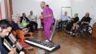 La Universidad Popular de Villanueva de los Infantes  conmemora el Día del Alzheimer con musicoterapia