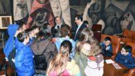 Caballero recibe a los alumnos del colegio público 'La Alameda' de Poblete